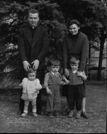 07 le pasteur marc splingart et son pouse christiane leurs enfants marjolaine dominique et philippe